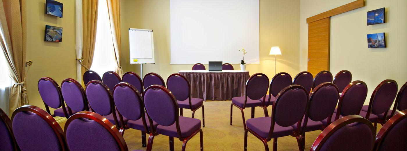 Opera Hotel & Spa Conference