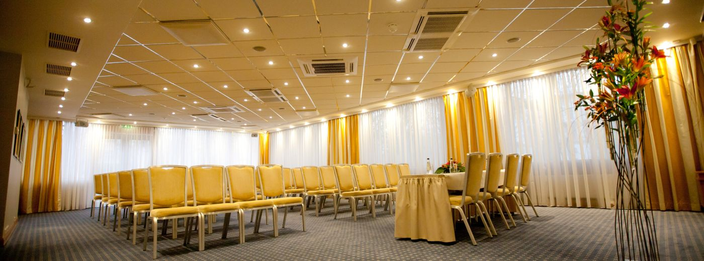 Radisson Blu Ridzene Hotel Conference