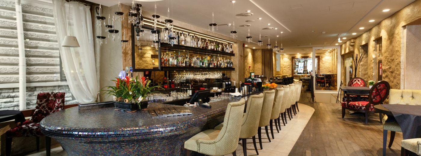 Savoy Boutique Hotel MEKK Bar