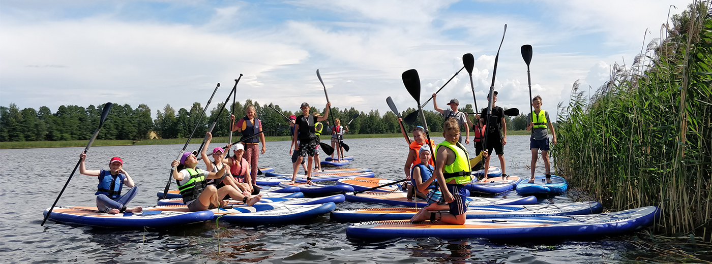 Stand Up Paddle (SUP) team-building